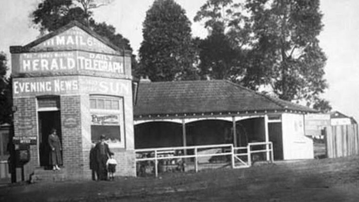 An early 20th Century newsagency at Normanhurst in north western Sydney (year unknown).    🌹