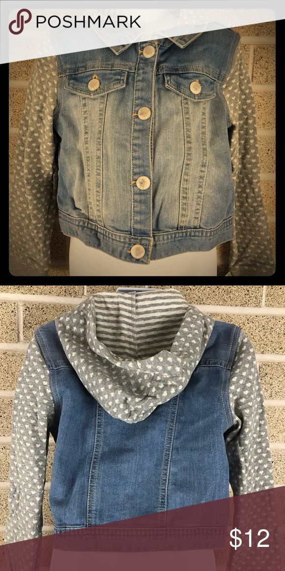 Genuine Kids OSHKOSH Heart Hooded Jean Jacket 6 NWT Denim jacket perfect for Spring or Fall! Genuine Kids From Oshkosh Size 6 New with tags Osh Kosh Jackets & Coats Jean Jackets