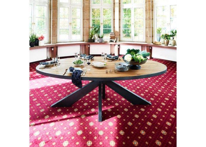 Ovaler Esstisch Aus Massiver Alteiche. Ein Hammer. Platz Für 10 Personen.  Http: