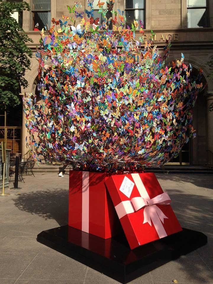 David Kracov |Book Love/sculpture http://www.artpeople.net/david-kracov-book-lovesculpture/