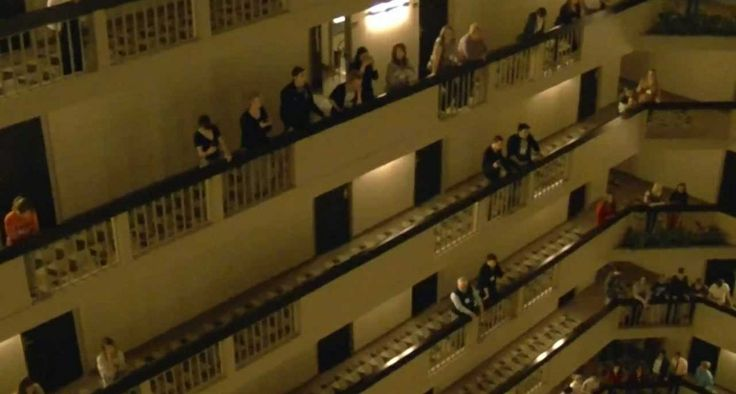 Kada se hotel pretvori u operu, onda to izgleda ovako i zvuči fenomenalno