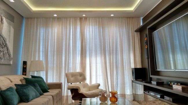 Projeto de reforma, design de interiores e iluminação.