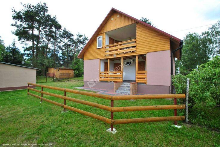 Pokoje Gościnne i Pole namiotowe nad Jeziorem Białym. Więcej informacji na: http://www.nocowanie.pl/noclegi/okuninka___jezioro_biale/kwatery_i_pokoje/133672/