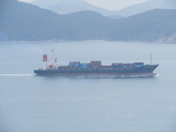 https://flic.kr/p/TLLSCA | perth bridge | TYPE: CONTAINER SHIP operator:  k line year build: 2000 IMO:9236341 Shipyard: iwagi zosen hull no.192 engie: B&W 7S50MC power output:9989kw speed:18,5kn length:161,90m beam:25,60m draught:9,10m 1032TEU Reefer container:150teu gross tonnage:13245 ton deadweight:17791