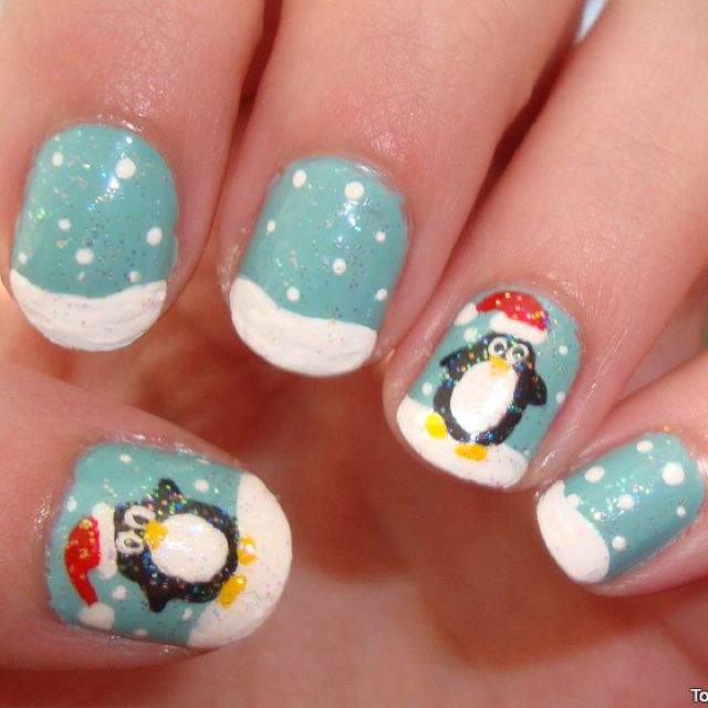 Christmas penguin nails