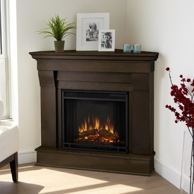 Best 25 Corner Electric Fireplace Ideas On Pinterest Tiny Master Bedroom Small Electric