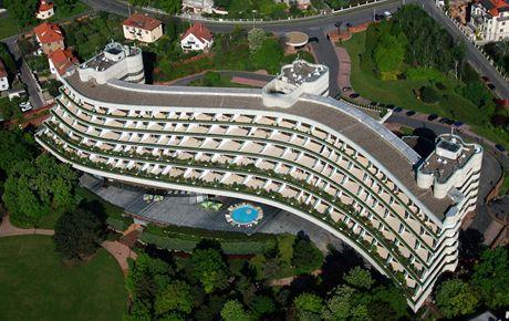 Aerial view of Hotel Praha, located in Prague's sixth quarter, Hanspaulka.