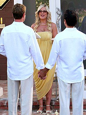 Gay Men Wedding | Go Native with Your Gay Attire for Weddings
