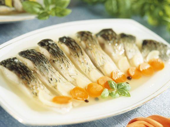 Gelee-Karpfen ist ein Rezept mit frischen Zutaten aus der Kategorie Fisch. Probieren Sie dieses und weitere Rezepte von EAT SMARTER!