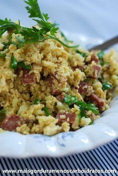 Farofa de couve-flor, linguiça e ovo – Almoço ou acompanhamento sem…