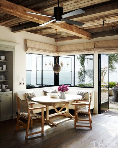 Seaside kitchen designKitchens Design, Kitchens Banquettes, Elle Decor, Expo Beams, Breakfast Nooks, California Home, Windows, Elledecor, House