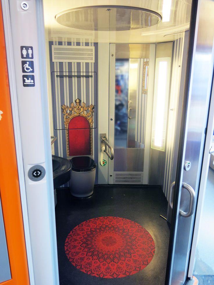 Royalty theme at Pågatågens train toilet.  Design and concept ideas #graphic #design #illustrations #fun #bathroom #environmental #graphics #creative #toliet