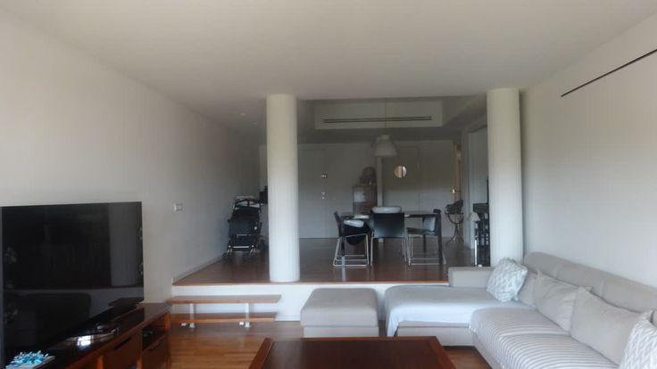 ¡Un lujo de piso disponible para alquilar!  Prestigiosa zona de Barcelona, 3 dormitorios, exterior, con mucha luz y soleado, 2 plazas de parking incluidas en precio,...    Si quieres saber más Llámanos!👇   TC FLATS - info@tcflats.com ☎:93 414 52 36  http://qoo.ly/gppcn