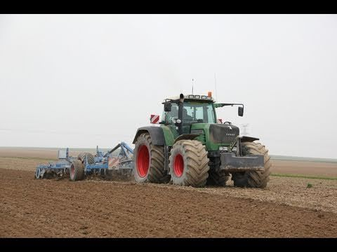 Fendt 930 Tractor with Big Tires