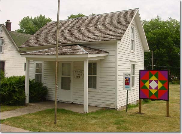 "Peterson Pioneer Home in Odebolt, Iowa. ""Mosaic"" was painted by Odebolt-Arthur agriculture students."