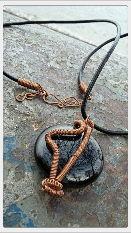 Onyx stone copper steal wire necklace with leather