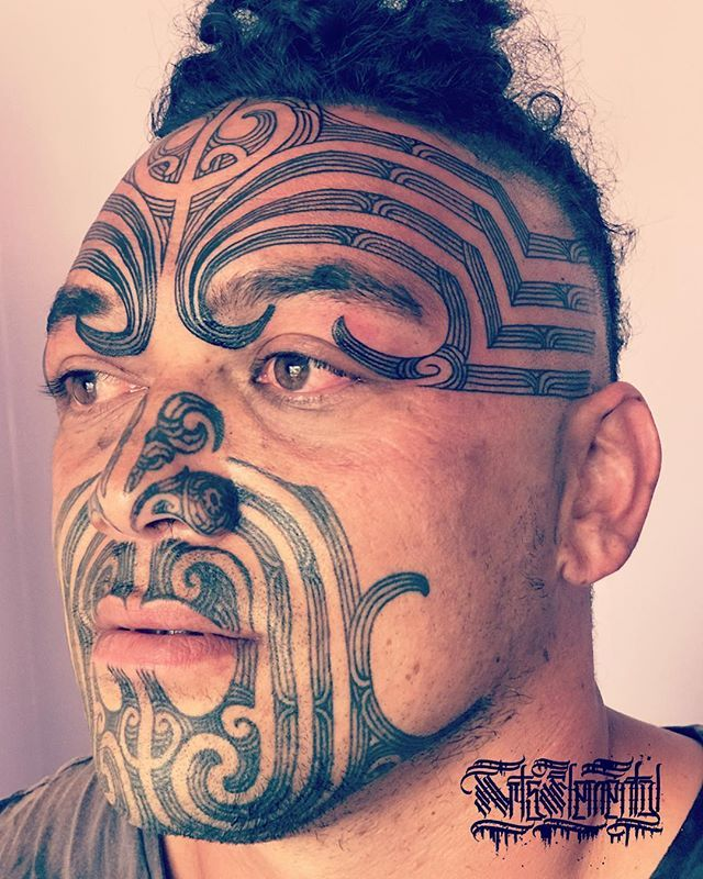 53afd283209bf Pin by Dan Adcock on Face Tattooed! | Maori face tattoo, Polynesian tribal  tattoos, Tribal tattoos