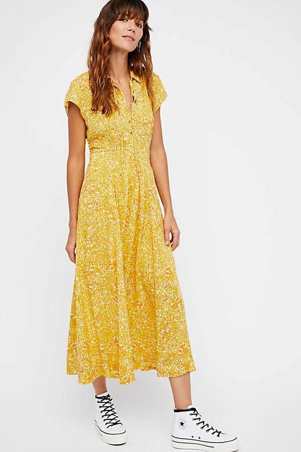 I am a huge fan of these dainty feminine dresses. This yellow floral  pattern is a favorite of mine! f6284fe76