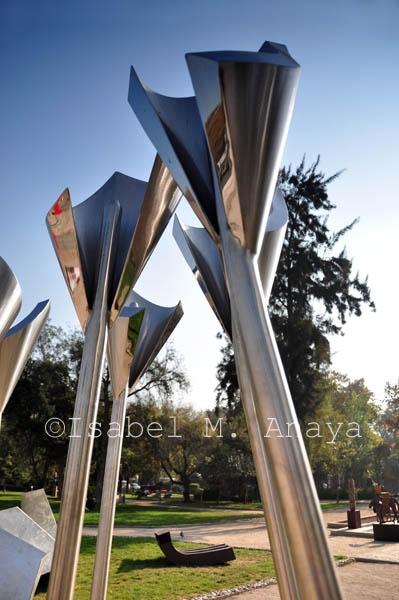 Parque de Las Esculturas - Providencia, Santiago  Naturastock.com