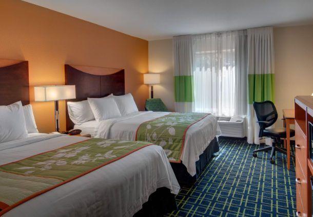 Fairfield Inn & Suites Seattle Bellevue/Redmond  - bellevue hotel free wifi