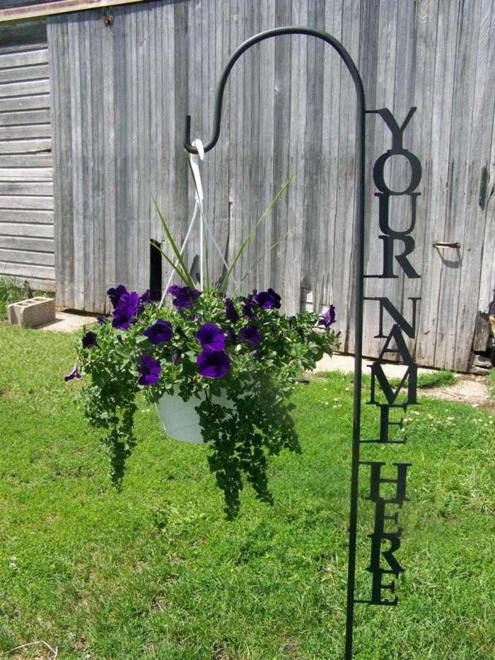 ideas para colgar las macetas en el jardin