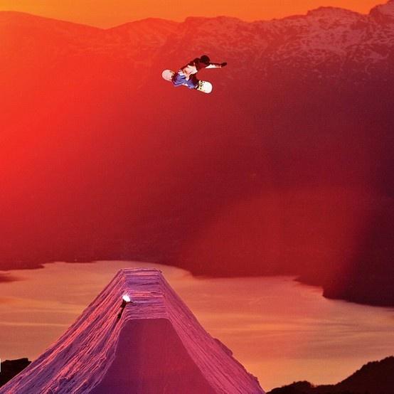 Snowboard at sunset. Classic Method. Spot: Riksgränsen?