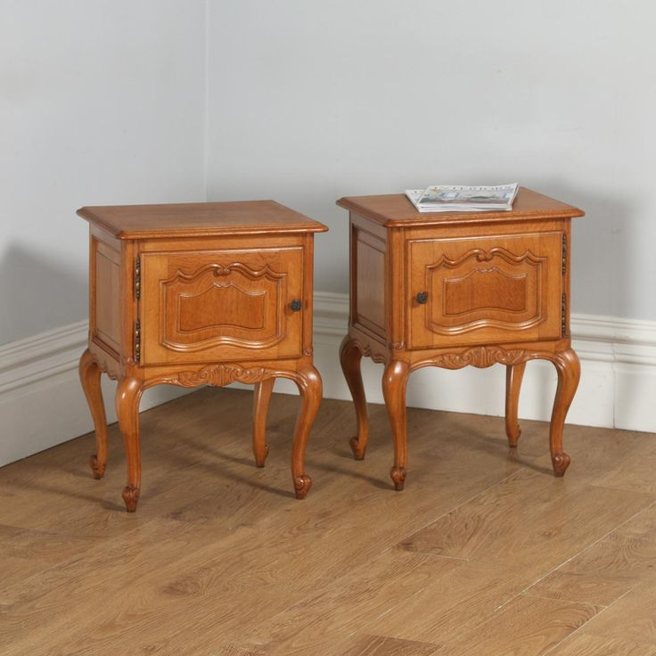Pair of Antique French Louis XVI Style Oak Bedside Cabinet Tables (Circa 1920)