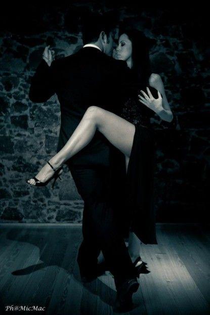 Van benned valaki, aki halhatatlan,Müller Péter: Férfiélet, női sors (részlet),Boldogság...,Minden reggel,Az igazi boldogság az,Csak annak nem fàj semmi,Ez hiányzik manapság,Van valami, ami több mint szerelem!, Vannak szép táncok,Embernek lenni nehéz, - yulchee Blogja - Dsida Jenő, Babits Mihály,A nap idézete,A nap idézete/Lucien del Mar/,A nap verse,Ady Endre,Anthony de Mello,Anyáknapja,Az életről,Baranyi Ferenc,Bella István,Bényei József,Buddha,Csernus Imre,Dsida Jenő,Ébresztő bölcsess...