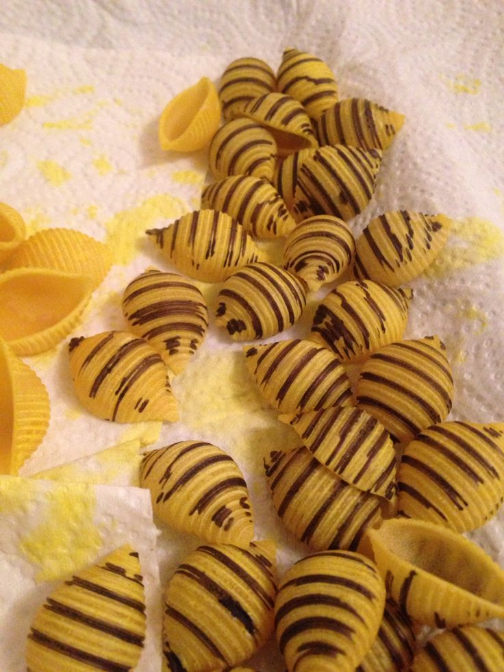 Yellow pasta bees