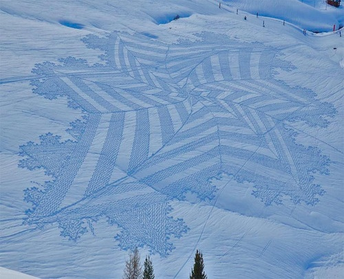 Simon Beck's snow art, created by walking in snow shoes.