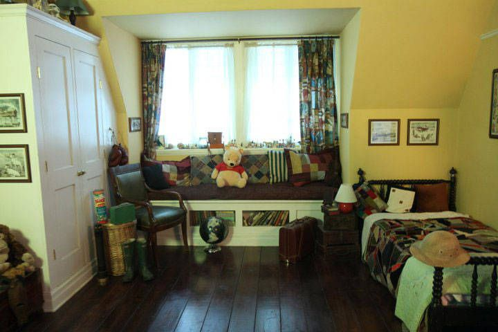 christopher robin and pooh | Christopher Robin's Room
