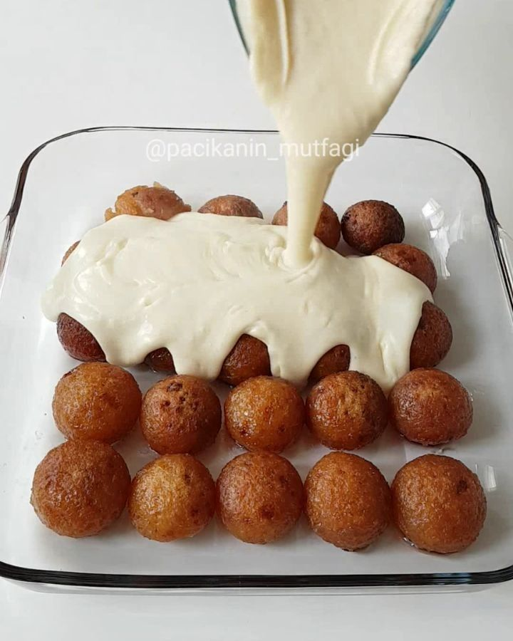 """20.6b Beğenme, 379 Yorum - Instagram'da Merve Ünal (@pacikanin_mutfagi): """"Hayırlı günler 🤗 Hem şerbetli hem sütlü hem de çikolatalı tatlı hepsi bir arada harika 😄 Etimekli…"""""""