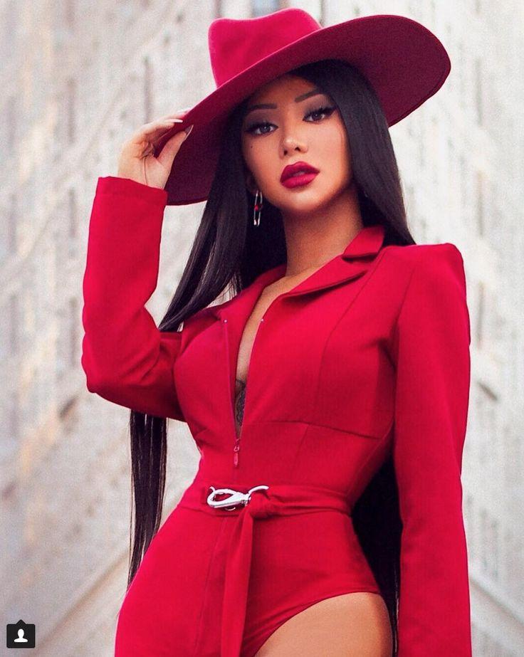 Nikita Dragun as Carmen Sandiego | cosplay in 2019 ...