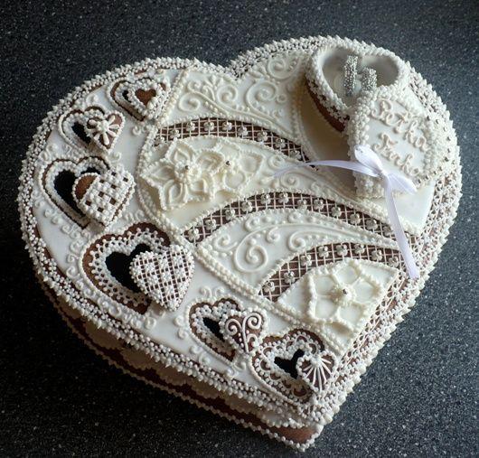 Perníková kazeta  * svatební - zdobená srdíčky.