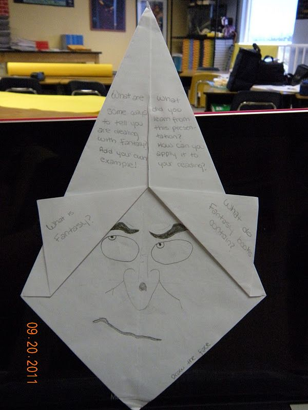LOTS of great foldables!