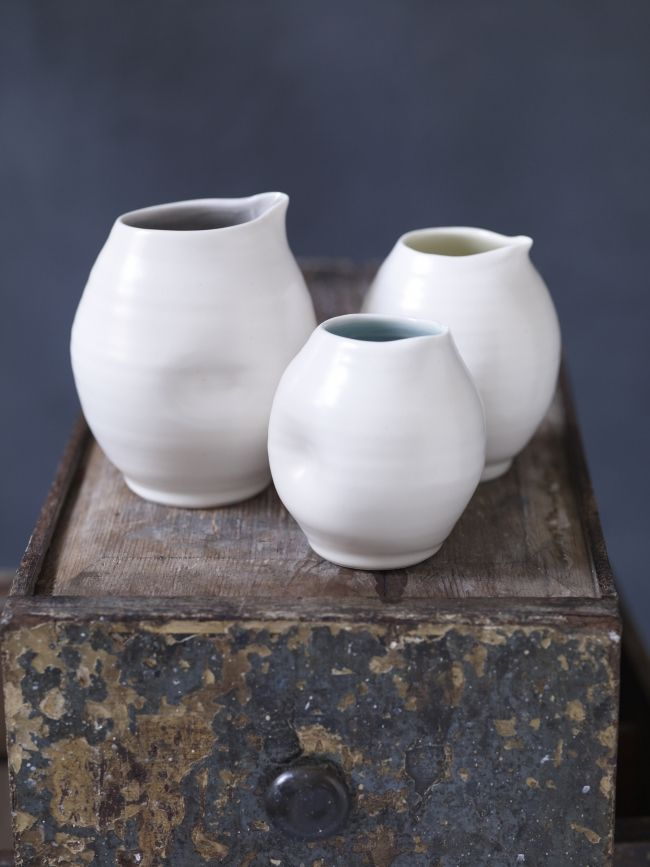 Our Directory Maker of the Week, 6 November, is Linda Bloomfield, whose elegant nesting bowls were seen on the Great Pottery Thrown Down this week.http://ccuk.cc/1jj #CCDirectory
