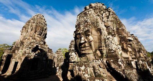 Famous head statues of Prasat Bayon temple - Angkor Wat | Phom Penh