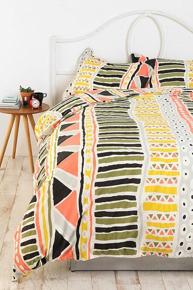 .: Bauhaus Stripes, Urban Outfitters, Guest Bedrooms, Bedspreads, Beds Spreads, Duvet Covers, Stripes Duvet, Dorm Rooms, Tribal Prints
