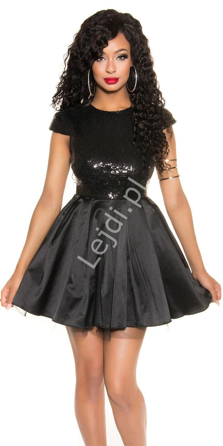 Czarna krótka rozkloszowana sukienka wieczorowa z cekinami. Black short flared evening dress with sequins. #sukienka #sukienki #dress #dresses #sequindress #eveningdress  http://www.lejdi.pl/p10094,czarna-krotka-rozkloszowana-sukienka-wieczorowa-z-cekinami-071-3.html