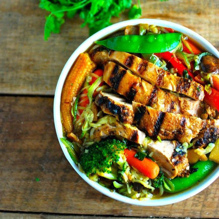 Paleo Ramen Noodles: Smoky Grilled Chicken with Zucchini Ramen Noodles