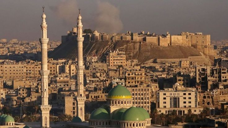Aleppo battle: Syria rebels 'withdraw from old city' - BBC News