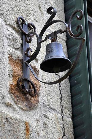 permettre à ses invités de sonner avec une jolie cloche