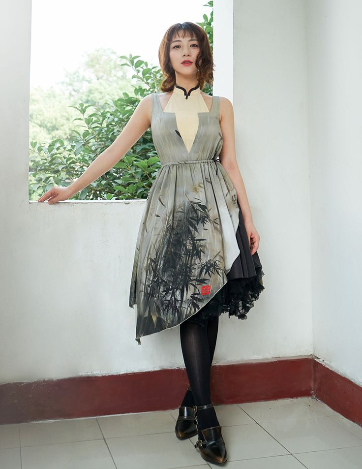 100 percent real silk made sleeveless one piece in original design with original prints, comfy and healthy, reasonable price, providing express shipping