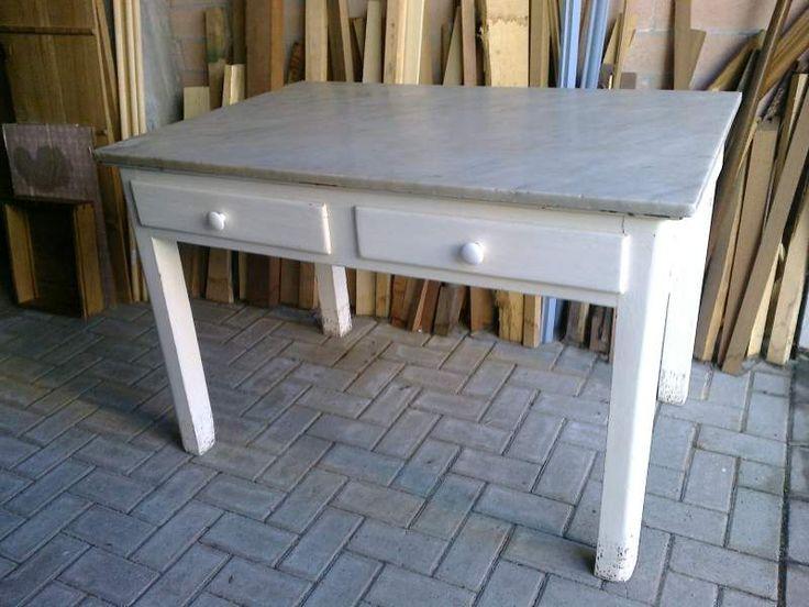 Due tavoli vintage anni 50 con marmo per pasta