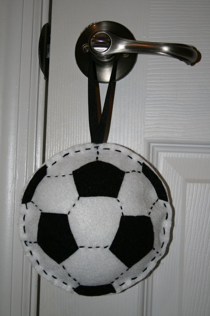 Best 25 Soccer Crafts Ideas On Pinterest Soccer Room