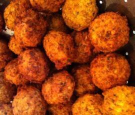 Rezept Falafel (Kichererbsenbällchen, vegan) von strangeways - Rezept der Kategorie sonstige Hauptgerichte