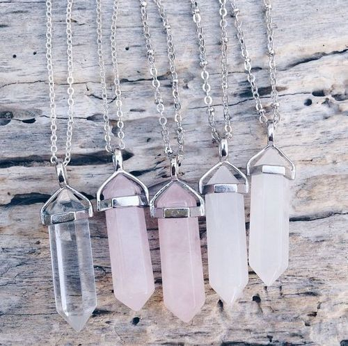 Imagem de necklace, crystal, and pink