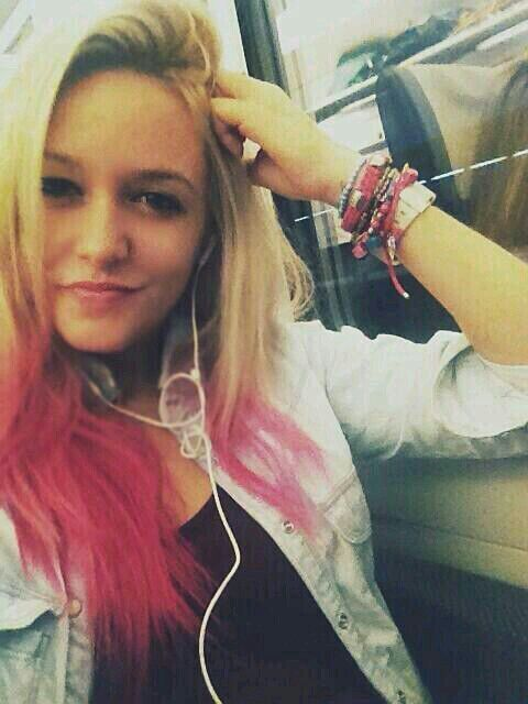 Alba Reig (Sweet California)