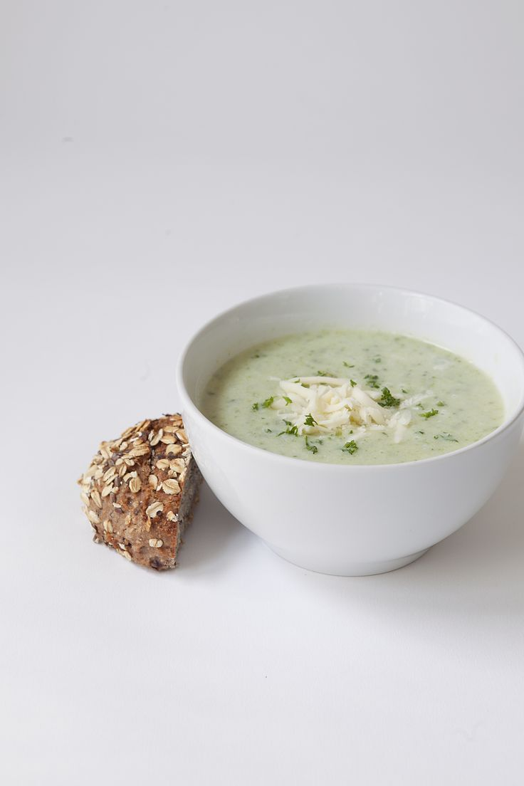 courgette soup // Spring Menu // by Wij Zijn Kees // www.ilovesla.com