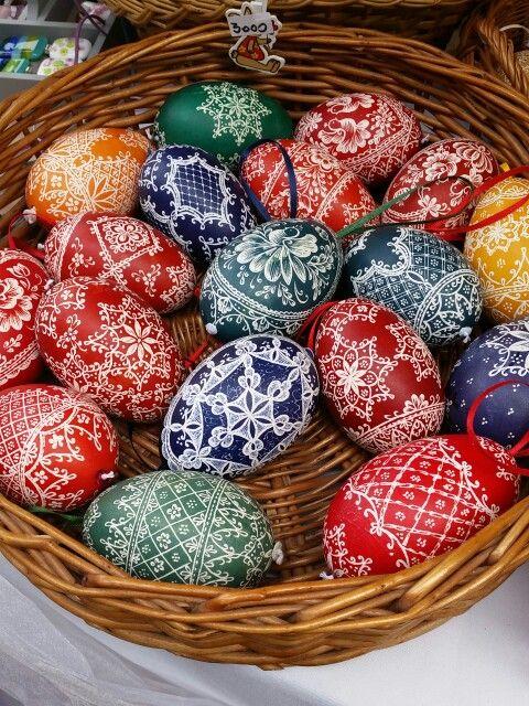 Szép festett tojások
